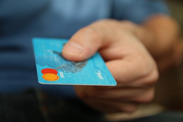 použití debetní karty MasterCard