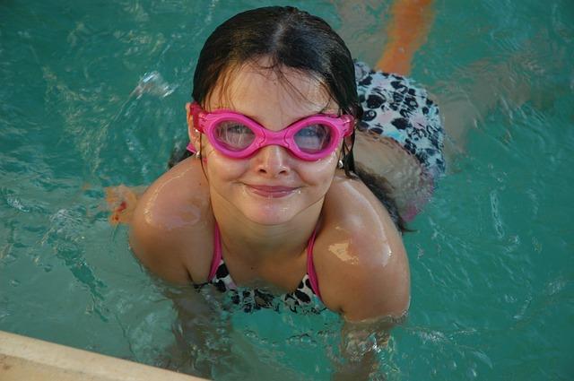 ochranné brýle do vody