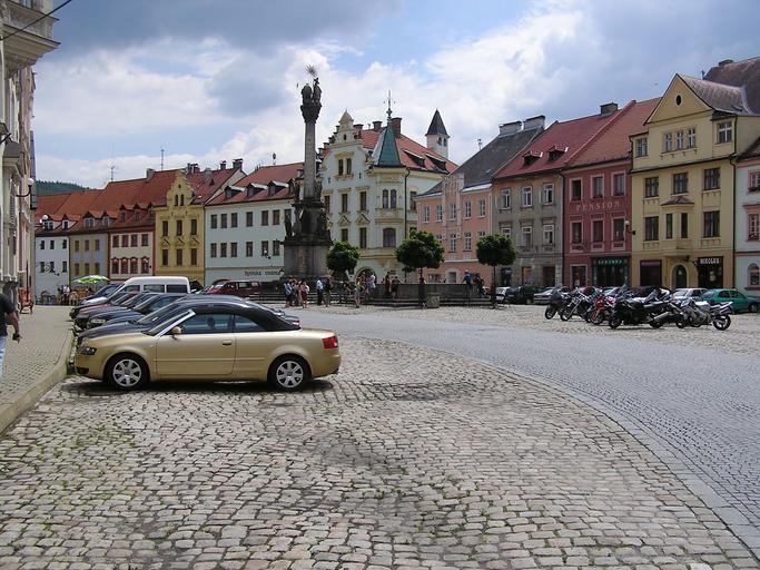 historické náměstí města Loket