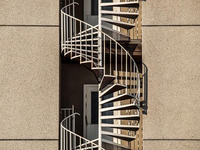 subtilnější typ venkovního točitého schodiště