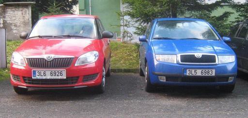 zaparkované škodovky