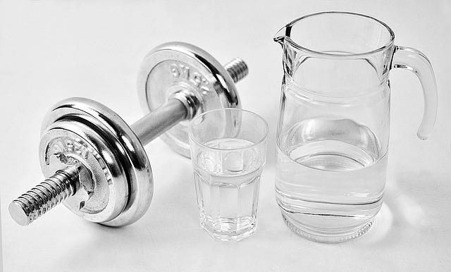 činka s vodou